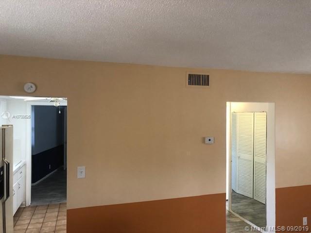 3252 NE 13th St 6, Pompano Beach, FL, 33062
