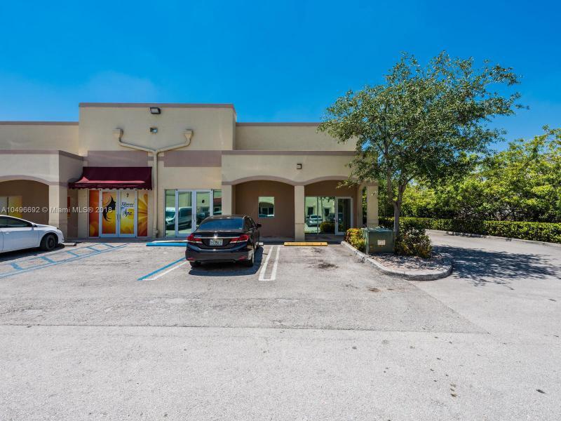7570 NW 14th St , Miami, FL 33126-1700