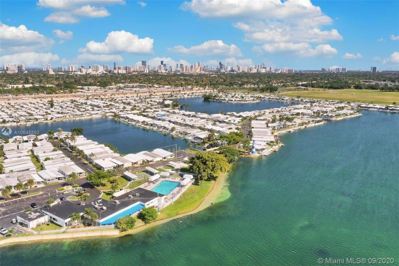 126 Marine Dr, Pembroke Park, FL, 33009