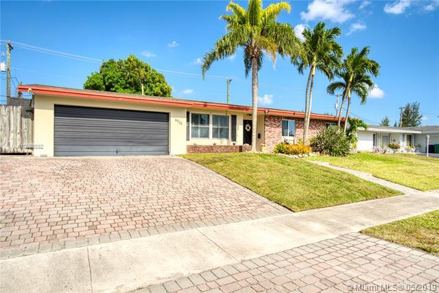 6525 SW 90th Ct,  Miami, FL