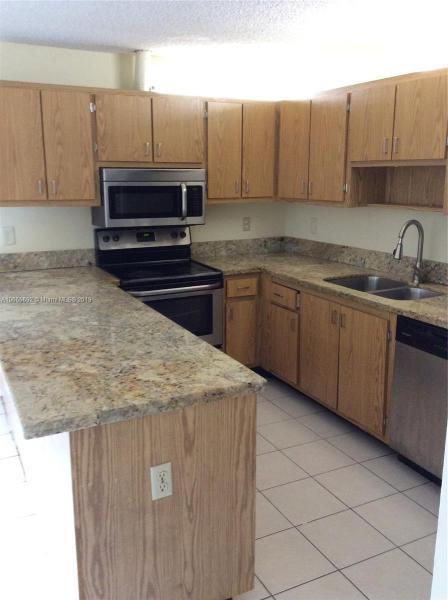211  San Remo Blvd , North Lauderdale, FL 33068-3941