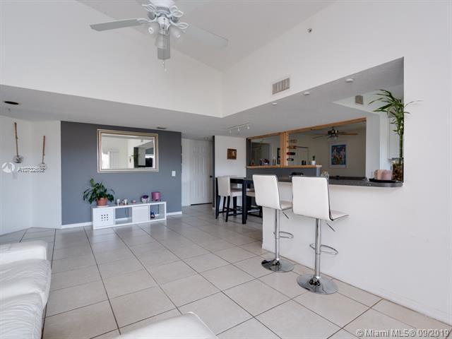 9645 NW 1st Ct 1-309, Pembroke Pines, FL, 33024