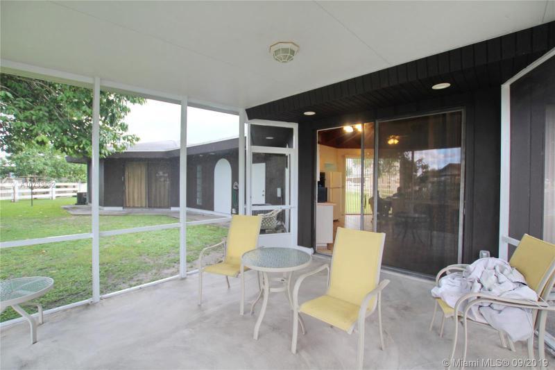 1075 Trout Street, OKEECHOBEE, FL, 34974