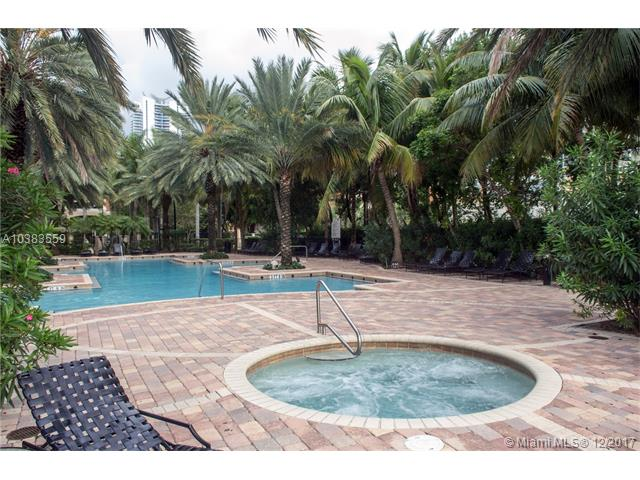 Imagen 8 de Townhouse Florida>Sunny Isles Beach>Miami-Dade   - Sale:375.000 US Dollar - codigo: A10383559