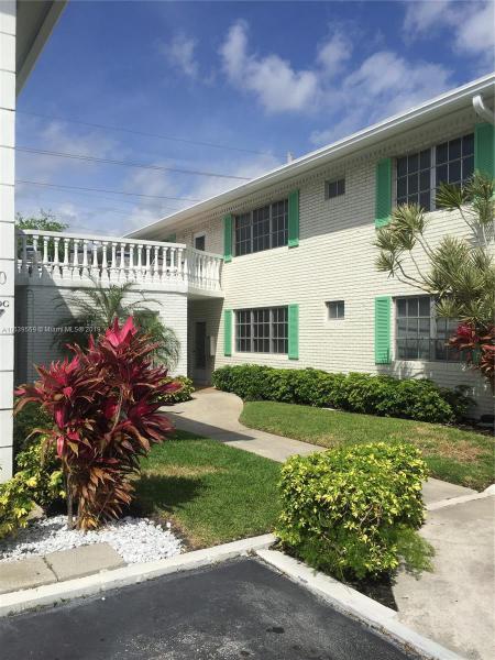 2106 56th Ct, Fort Lauderdale FL 33308-2544