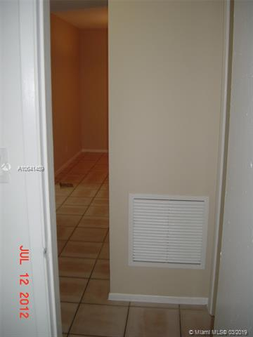 9203 NW 38th Dr  Unit 12 Coral Springs, FL 33065-4367 MLS#A10641459 Image 32