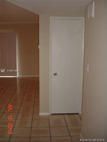 9203 NW 38th Dr  Unit 12 Coral Springs, FL 33065-4367 MLS#A10641459 Image 4