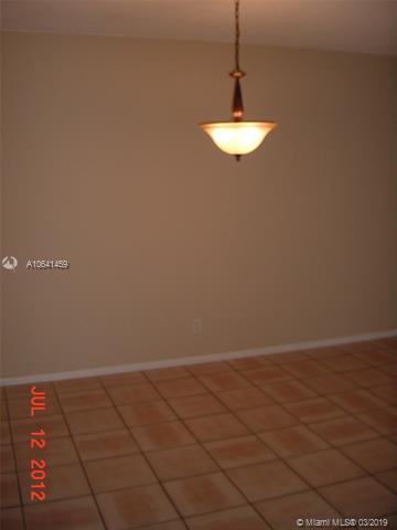 9203 NW 38th Dr  Unit 12 Coral Springs, FL 33065-4367 MLS#A10641459 Image 5