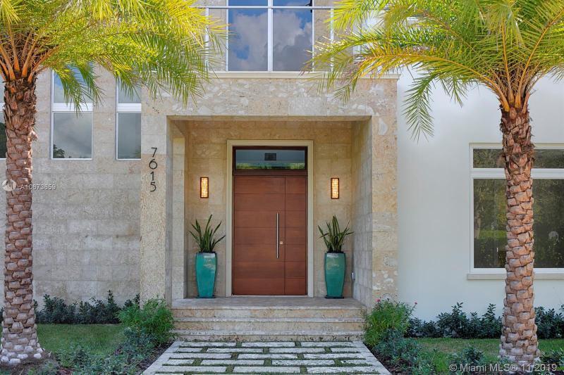 7615  Ponce De Leon Rd,  Miami, FL