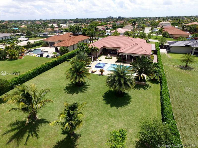 20120 SW 133rd Ave,  Miami, FL