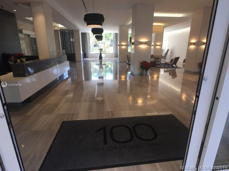100 Bayview Dr 819, Sunny Isles Beach, FL, 33160