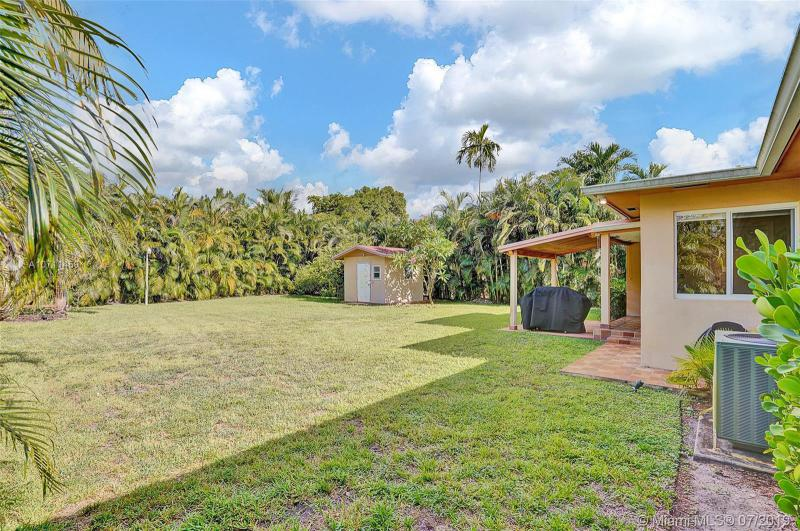 11806 NE 8th Ave, Biscayne Park, FL, 33161