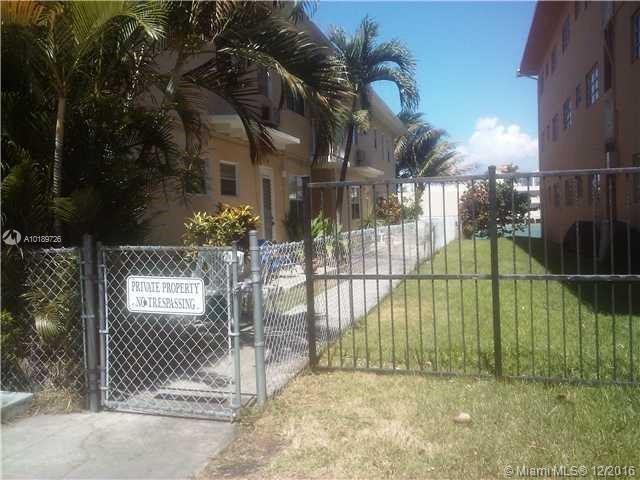 7904 West Dr  Unit 405, North Bay Village, FL 33141
