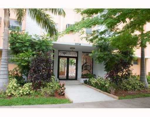 125 Edgewater Dr , Coral Gables, FL 33133