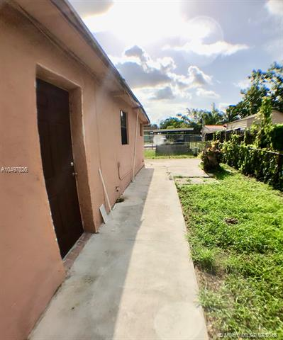 18608 NW 46th Ave , Miami Gardens, FL 33055-2652
