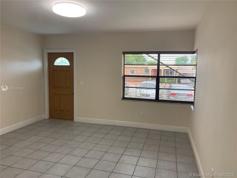41 W 42nd St, Hialeah, FL, 33012