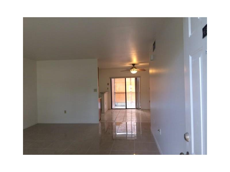 11040 196th St  Unit 306, Cutler Bay, FL 33157