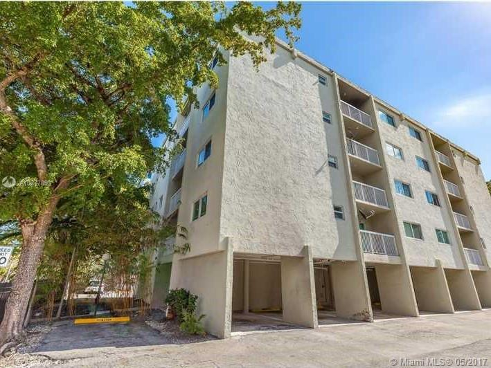2740 28th Te  Unit 306, Coconut Grove, FL 33133