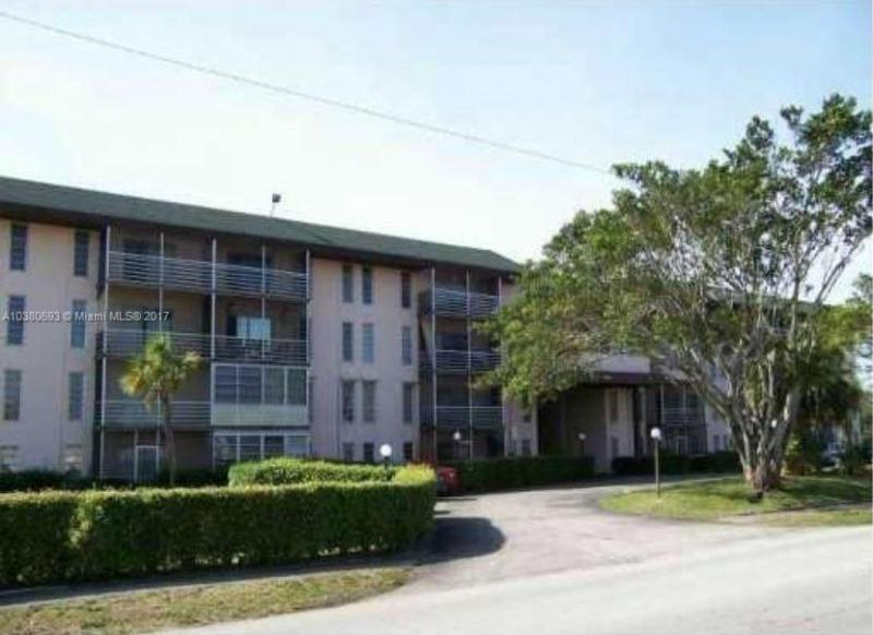 4050 NW 42nd Ave  Unit 316, Lauderdale Lakes, FL 33319-4851