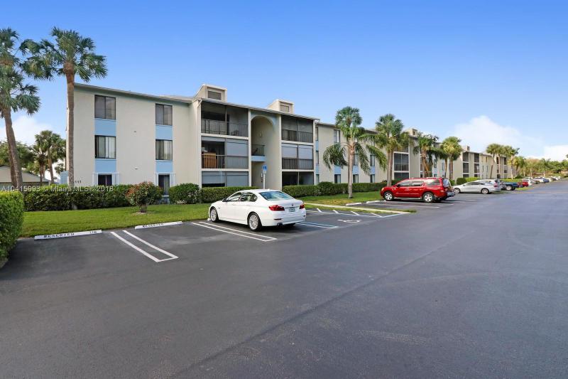 1105 Green Pine Boulevard, West Palm Beach FL 33409-