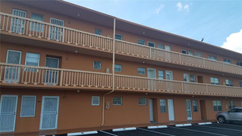 13655 NE 10th Ave  Unit 111, North Miami, FL 33161-3853