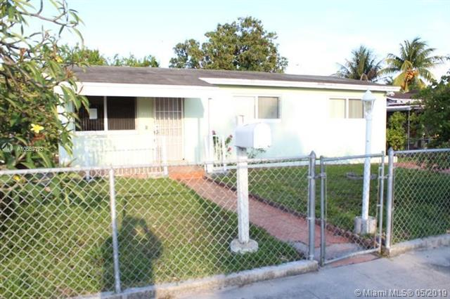 860 W 81st Pl , Hialeah, FL 33014-3514