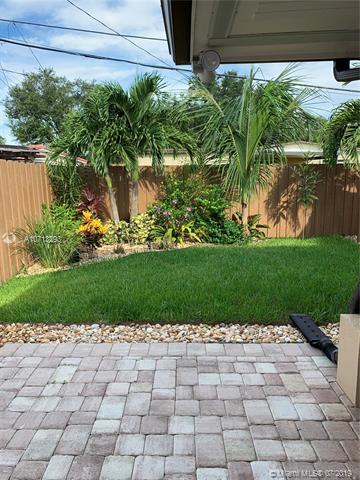 18140 NW 82nd Ave, Hialeah, FL, 33015