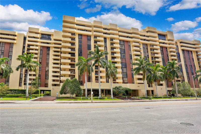 600 Biltmore Way 306, Coral Gables, FL, 33134