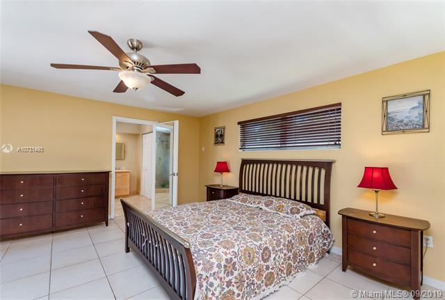 290 Esplanade Dr, Miami Springs, FL, 33166