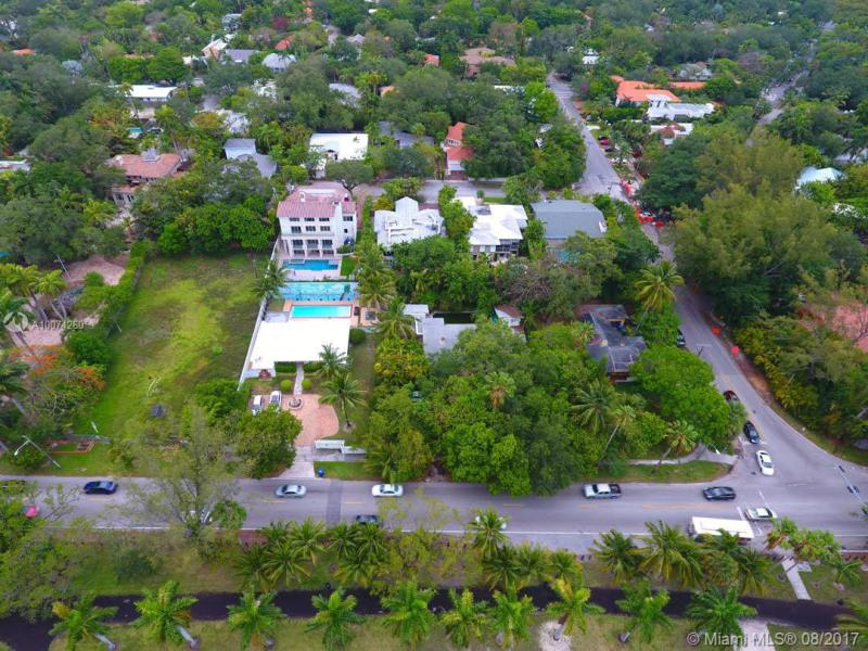 For Sale 2311 S Bayshore Dr Coconut Grove  FL 33133 - Olympia Park
