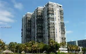 BRICKELL BAY CLUB CONDO BRICKE