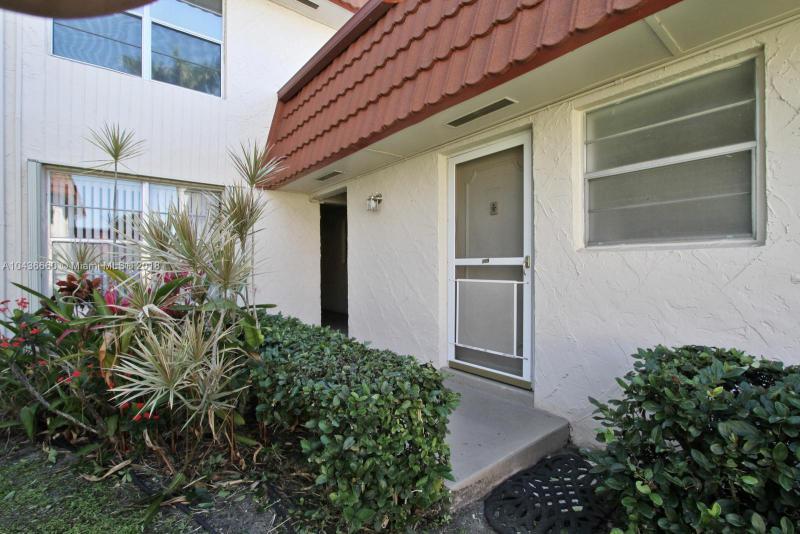 12002 Poinciana Boulevard, Royal Palm Beach FL 33411-