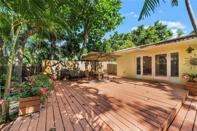 3350 SW 27 AV  Unit 1405, Coconut Grove, FL 33133-5326