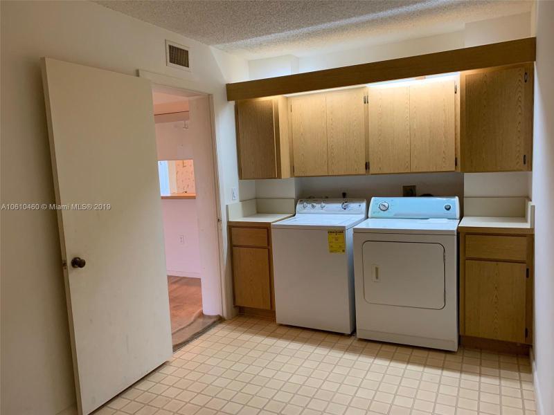 2621  Village Blvd  Unit 206 West Palm Beach, FL 33409-6908 MLS#A10610460 Image 25
