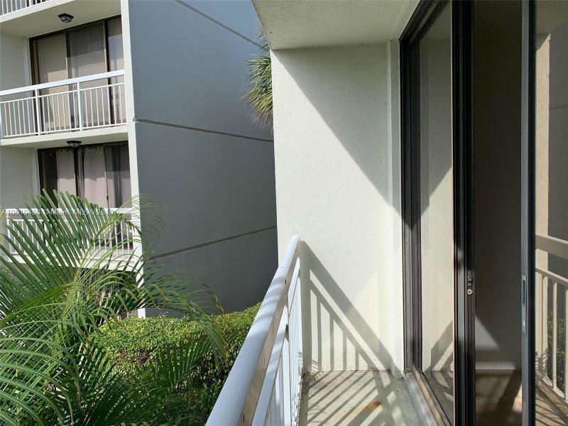 2621  Village Blvd  Unit 206 West Palm Beach, FL 33409-6908 MLS#A10610460 Image 46