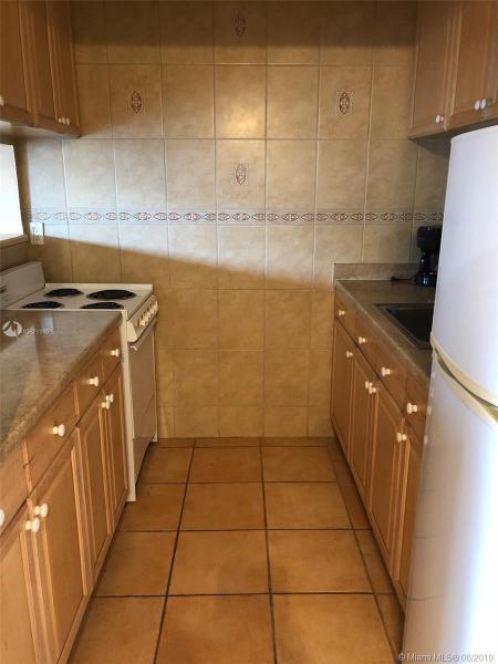 15610 NE 6th Ave  Unit 22 Miami, FL 33162-5270 MLS#A10621160 Image 10