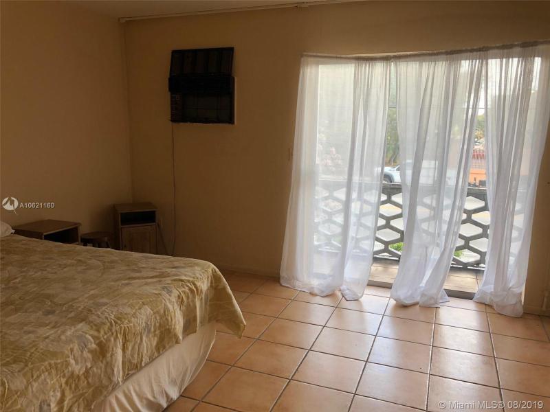 15610 NE 6th Ave  Unit 22 Miami, FL 33162-5270 MLS#A10621160 Image 7