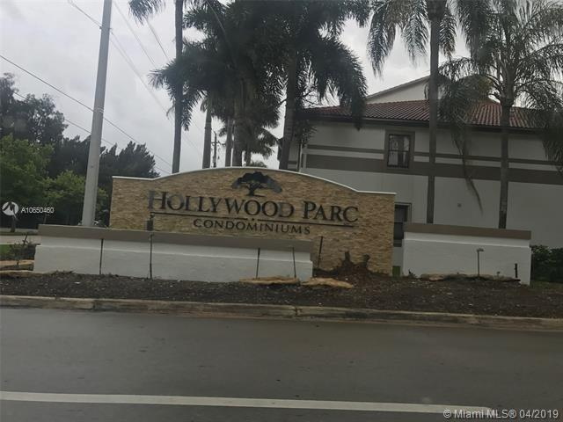 520 S Park Rd  Unit 23, Hollywood, FL 33021-8595