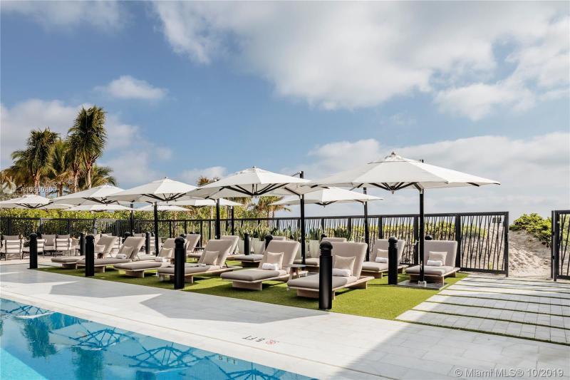17141 Collins Ave 601, Sunny Isles Beach, FL, 33160