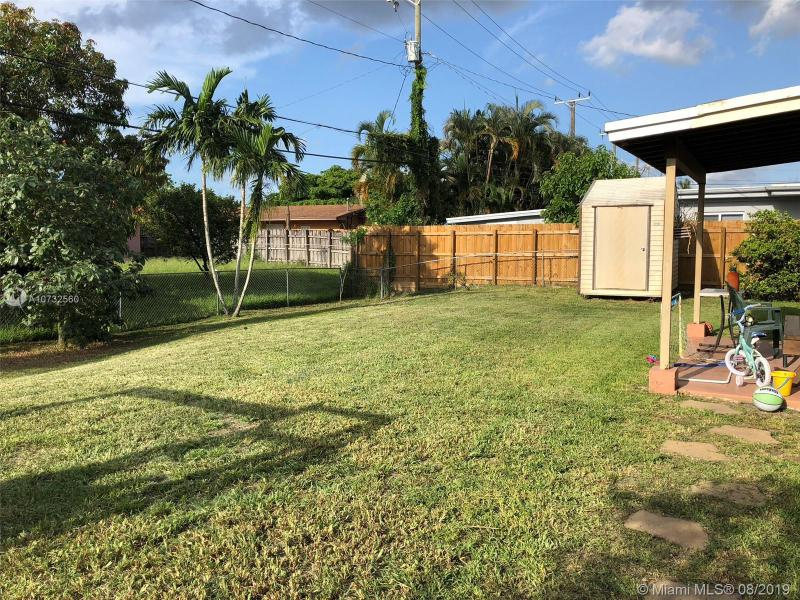 7867 NW 170th Ter, Hialeah, FL, 33015