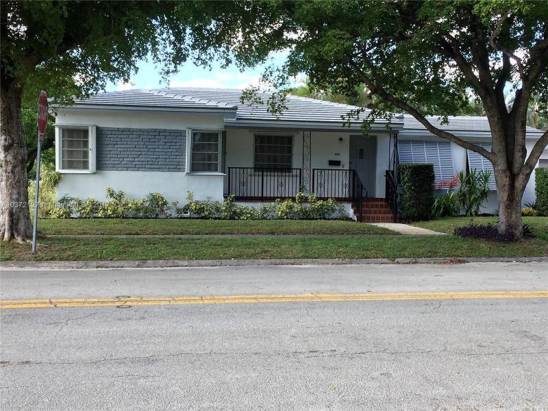 5911 SW 13th St , West Miami, FL 33144-5735