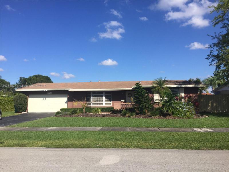 8250 SW 140 , Miami, FL 33183-