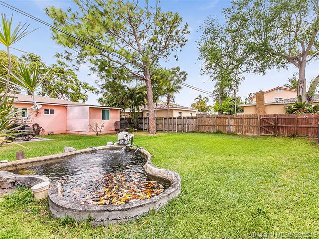 6361 Nw 39th Ter