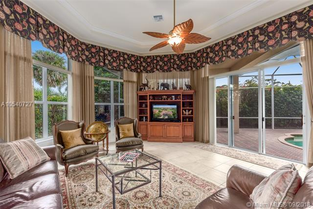 PALM COVE GOLF & YACHT CLUB HOMES FOR SALE