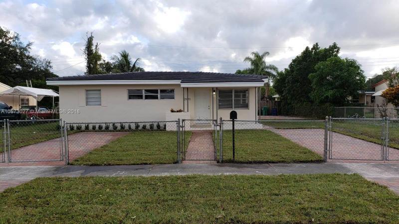 365 NW 189th Ter , Miami Gardens, FL 33169-3954