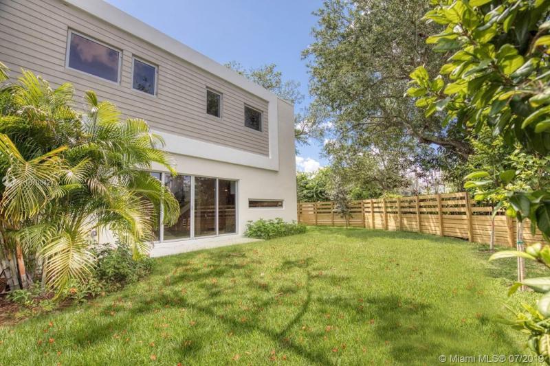 8131 SW 124 St 2, Pinecrest, FL, 33156