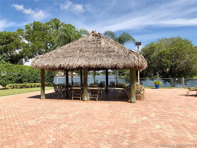 900 Colony Point Cir 519, Pembroke Pines, FL, 33026