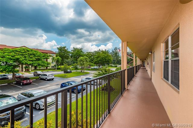 900 SW 128th Ave 206D, Pembroke Pines, FL, 33027