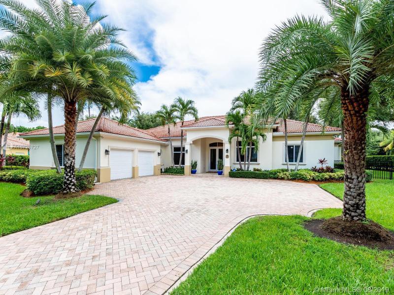 11581 SW 84th Ave,  Miami, FL