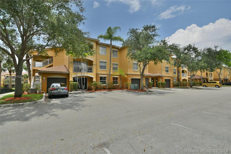 9630 NW 2nd St 6-206, Pembroke Pines, FL, 33024
